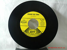 THE WILLIS BROTHERS-(45)-STRANGE OLD TOWN /A SIX FOOT TWO BY FOUR-STARDAY 1960'S