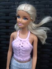 Hand Knitted Barbie/Sindy muñeca ropa Pretty Baby Pink Lacey Panel Superior