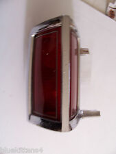 1975 1977 CONTINENTAL TOWNCAR USED LEFT TAILLIGHT USED OEM ORIG LINCOLN PITTING