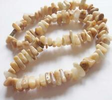 VINTAGE ART DECO POLISHED STONE GEMSTONE GLASS / AGATE CHIPS BEADS NECKLACE