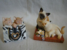 Lot of 2 Resin Cat Figurines - Cats in a Shopping Bag & Friendship Cats 461522
