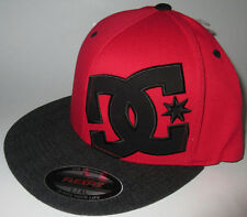 MENS DC FLEXFIT FITTED HAT RED/BLACK SIZE L/XL