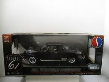 1/18 SCALE HIGHWAY 61 DARK BURGUNDY 1951 STUDEBAKER COMMANDER