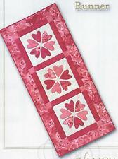 Valentine Table Runner applique quilt pattern by Nancy Rink  Nancy Rink Designs