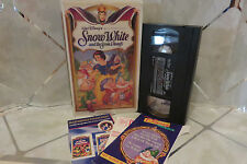 Walt Disney's Masterpiece SNOW WHITE and the Seven Dwarfs (VHS, 1994) Clamshell