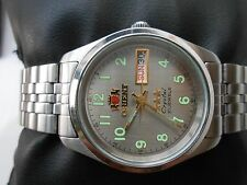 EXCELLENT RARE VINTAGE MID SIZE 33mm ORIENT CRYSTAL GENTS AUTOMATIC WRISTWATCH