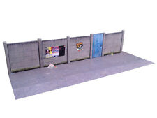 6ft CONCRETE LINESIDE FENCING CARD KIT OO GAUGE HORNBY MODEL RAILWAY KX027-OO
