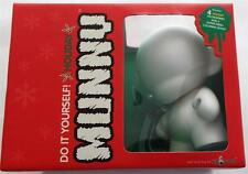 New In Box KID ROBOT Do It Yourself Holiday MUNNY + 4 Accessories Coloring Book