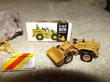 NZG 1/64 Scale Cat 920 Radlader #112 Caterpillar Tractor Mint in Box