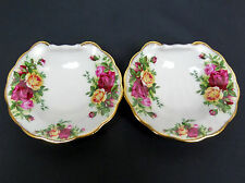 2 OLD COUNTRY ROSES SHELL SHAPED SOAP DISHES, 1st QUALITY, VGC, ROYAL ALBERT