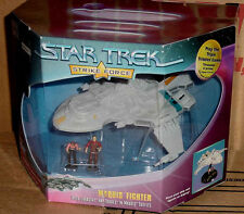 STAR TREK VOYAGER STRIKE FORCE MAQUIS FIGHTER WITH CHAKOTAY AND TORRES