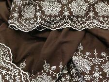 coupon de tissu  PUR coton broderie anglaise marron double base  4.00 m ; R st