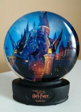 Hatry Potter Wizarding World Snow Globe Universal Studios Hogwarts Castle