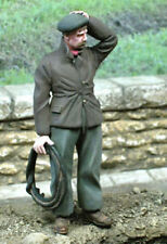 1/35 Scale Civilian with a hand on his head - Civil perplexe main sur la tête