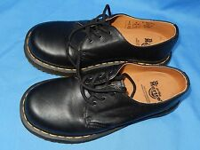 Unused Doc Marten Shoes~ Women's Size 7, Men's 6