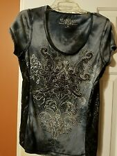 Ladies/ Jr girls Maurices premium tee shirt top size medium lace sequins