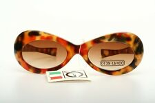Retro 60s Butterfly sunglasses, camouflage colored by ELLE GI       N83K