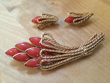 Vintage KRAMER OF NEW YORK Coral Stone Pin Gold Rope Matching Earrings Set