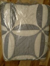 Pottery Barn Wedding Ring King Quilt Gray Ivory New Wholecloth