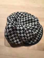 H&M Liadies Large Black And White Houndstooth Pageboy Leather Trimmed Cap Hat.