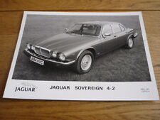 "JAGUAR  SOVEREIGN ( XJ ) PRESS PHOTO "" BROCHURE "" . jm"