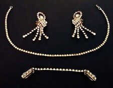 ViNTAGE RHiNESTONE CHANDELiER EARRiNGS SWEATER GUARD CLiP & KRAMER NECKLACE LOT