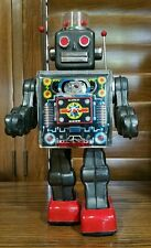 ORIGINAL 1960s FIGHTING ROBOT Tin Toy by S.H. Horikawa Japan