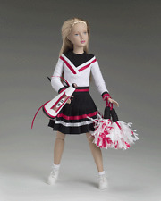 """tonner 2005 DEBUT Year of MARLEY 12 collection """" PEP SQUAD """"-ensemble NFRB NEW"""