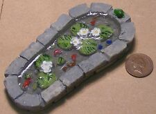 1:12 Scale Garden Pond Dolls House Garden Accessory Fish Flowers Accessory 654