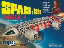 MPC Model Kits [MPC] 1:72 Space: 1999 Eagle 1 Transporter Model Kit MPC791
