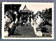 Vietnam, Cérémonie sur les escaliers d'un Temple  Vintage silver print.