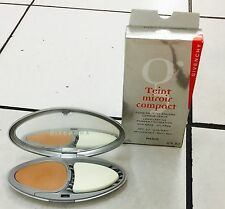 Givenchy Long Lasting Powder Foundation Oil Free Compact