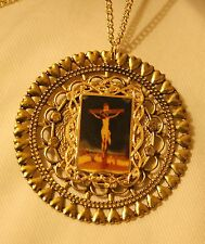 Shiny Heart Rim Open Round Pastel Crucifixion of Jesus Picture Medal Necklace