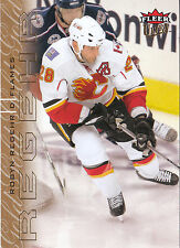 09/10 FLEER ULTRA GOLD MEDALLION #22 ROBYN REGEHR FLAMES *3580