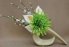ARTIFICIAL SILK GREEN FLOWER WITH LILY CREAM ARRANGEMENT IN CREAM COMMA VASE