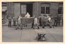 Deutsche Soldaten bei der Wallburgisnacht Hoboken Antwerpen Belgien