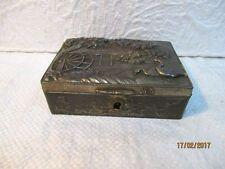 Ancienne boîte,  coffret à bijoux en régule (1900)