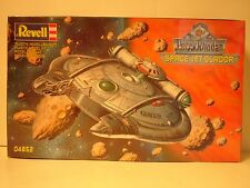 1999 Sealed Revell Perry Rhodan Space Jet Glador. Model#  04852