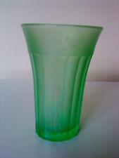 """Antico Art Deco PRESSATO satinato verde uranio GLASS BECHER 4 5/8 """"Tall"""