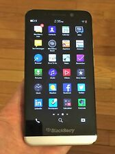 BlackBerry Z30 - 16GB - Black (Unlocked)+ Excellent+ ON SALE ---LAST 2 !!