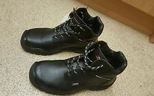Cofra Baffin Safety Boots, Oil & Slip Resistant. Metal Free APT Plate Size UK 10
