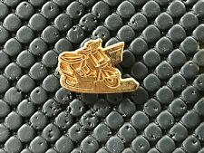 PINS PIN BADGE CAR MOTO BIKE SCOOTER PEUGEOT
