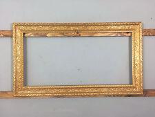 Antico/Vintage ornato d'oro dorati & modellata IN GESSO CORNICE, medio-grande
