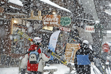 CHRISTMAS IN MORZINE FULLY CATERED ALPINE SKIING CHALET HOLIDAY 7 DAYS