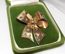 Vintage Christmas Green Emerald Rhinestone Gold tone Bow Brooch Pin 12f 33
