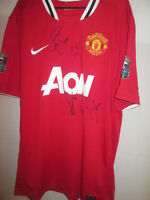 Manchester United 2011-2012 Squad Signed Football Shirt with COA  /16169