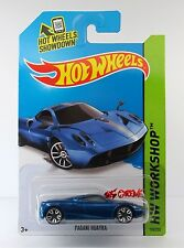 Hot Wheels 2014 #198 Pagani Huayra METAFLAKE BLUE,2ND COLOR,J5,BLACK BASE,INTL