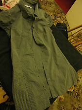 Ladies Short Sleeve Long Grey Pinstripe Shirt in Size 12 by New Look - Chest 39""