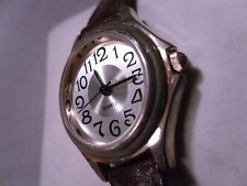 Ladies nice quartz watch brown leather 6 1/2 inch band clean and bright face A+
