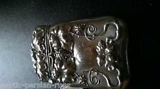 BEAUTIFUL ANTIQUE STERLING SILVER MATCH SAFE VESTA CASE REPUSSE  VINE DECORATED